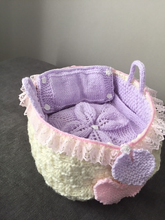 Ravelry: DOLLS MOSES BASKET pattern by Susan J Ward