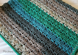 Cluster Stripes Baby Blanket pattern by Breann Mauldin