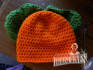 de17afa40b035 Ravelry: Carrot Top Hat & Cocoon Set pattern by Hooking Housewives