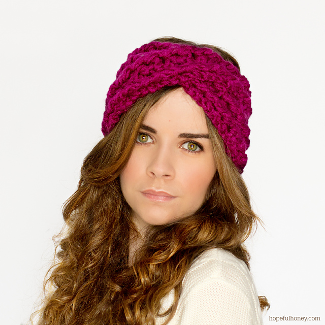 Ravelry: Chunky Criss-Cross Headband pattern by Olivia Kent