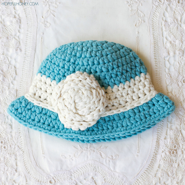Ravelry: Vintage Baby Cloche Hat pattern by Olivia Kent