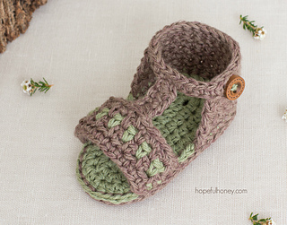 Apple_orchard_baby_sandals_crochet_pattern_by_hopeful_honey_10_small2