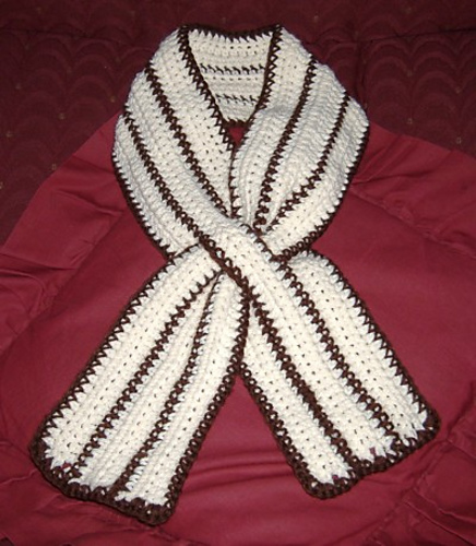 Ravelry Striped Keyhole Scarf Pattern By Lauren Conforti