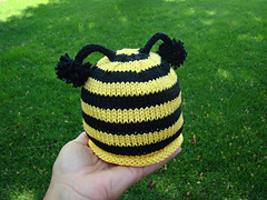 Bumble_beehat_small
