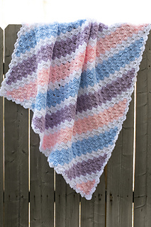 Crochet-baby-corner-to-corner-blanket_small2