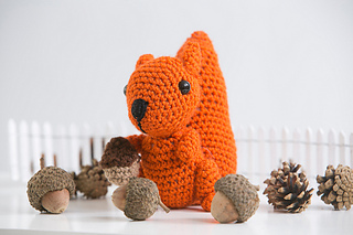 Amigurumisquirreledit_small2