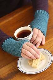 Loopy-linked-fingerless-gloves_small_best_fit