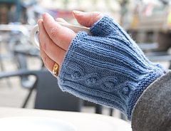 Morse_code_mitts_cafe_shot_small_small