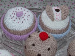 Plateofcakes5_small2