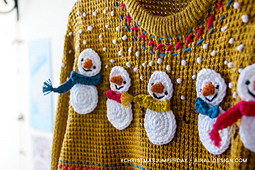 Christmas-jumper-day-snowman-pattern-decoration-free-crochet-airali-design_small_best_fit