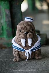 Amigurumi-walrus-tricheco_dsc1992_small_best_fit
