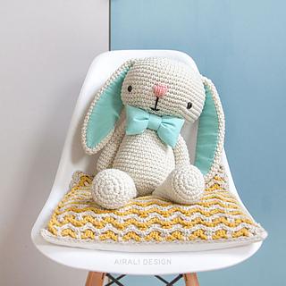 Ravelry: Cory the Giant Bunny pattern by Ilaria Caliri (aka