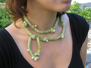 Opera_necklace_main_image_2--re-sized_small2