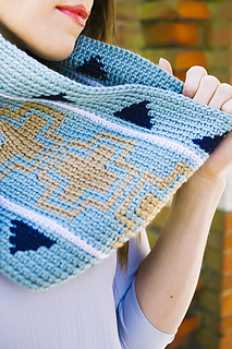 Geometric_cowl_05_small2