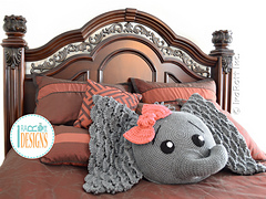 Josefina_and_jeffery_elephants_pillow_pattern_by_irarott__6__small