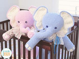 Josefina_and_jeffery_the_elephants_giant_amigurumi_pattern_by_irarott__6__small2