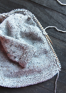 Shawl_sweater_knitting_shawl_small2