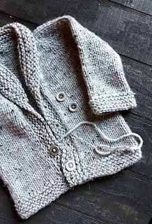 Shawl_sweater_sewing_buttons_small2