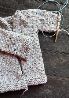 Shawl_sweater_one_sleeve_on_needle_small2