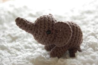 Amigurumi Patterns Elephant : Free amigurumi patterns for beginners and pros easy amigurimi
