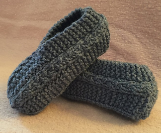 Ravelry: Cable Knit Slippers pattern by Janis Frank