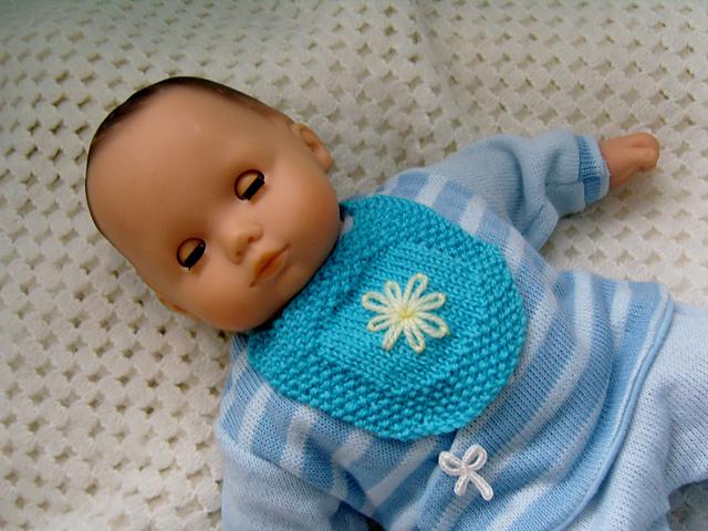 Ravelry: Bitty Baby Bib pattern by Jacqueline Gibb