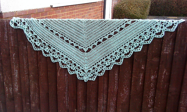 Ravelry: Ying-hua Shawl pattern by Jade G Chan-Wyles