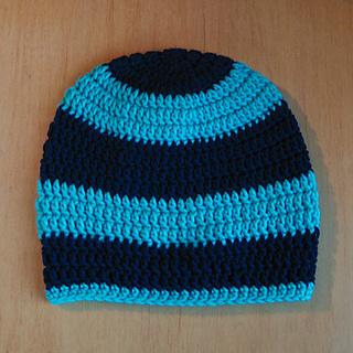 Slouch_beanie_blue_web_3_small2