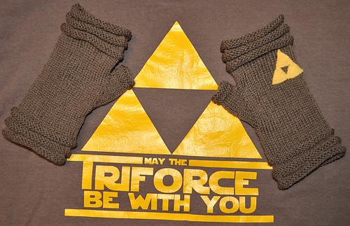 Triforce-mitts_030516_3_medium