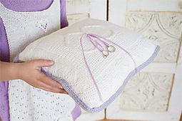 Make_a_pillow_wed13_200_small_best_fit