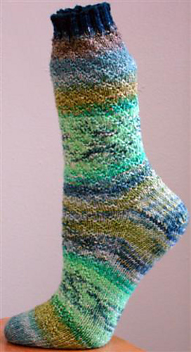 Color_me_lucky_sock__small__medium