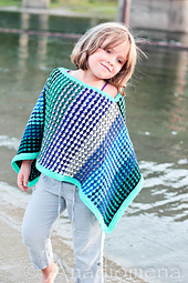 Ice_queen_poncho__10__small_best_fit