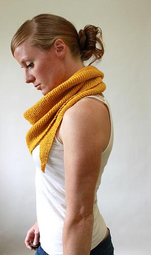 Triangular_scarf_082_medium