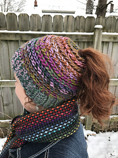 Ravelry Messy Bun Ponytail Hat Pattern By Janet Pippin