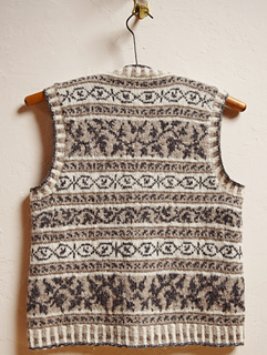 Jenjoycedesign_winemakers_waistcoat_back_small2