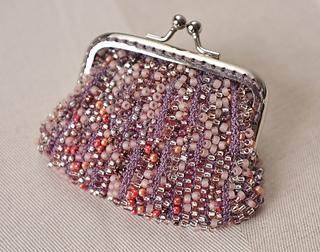 Beaded_purse3_small2