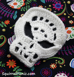 Crochet_sugar_candy_skull_coin_purse_by_squirrel_picnic_small2