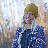 Cascading_cables_beanie_5_wm_small_best_fit