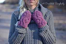 Hourglass_cabled_mitts_1wm_small_best_fit