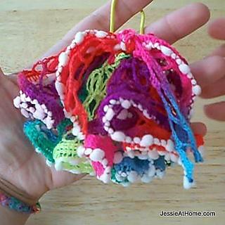 Net-yarn-hair-puff_small2