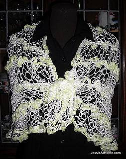 Natalie-shawl-ice-yarn-mirabella_small2