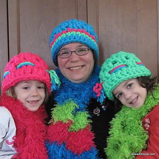 Liz-winter-hat-free-crochet-pattern-square_small2