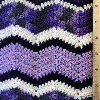 Faded-ripple-free-crochet-pattern-sock-weight-close-up_small2