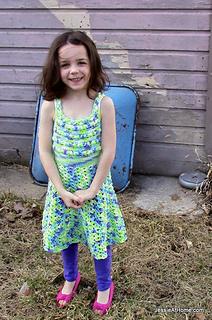 Crochet-pattern-puff-stitch-halter-dress_small2