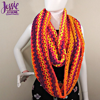 Wrap_me_up_free_crochet_pattern_by_jessie_at_home_-_5_small2