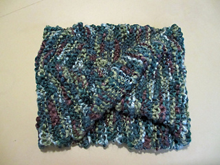 Cowl_knit_mobius_small2