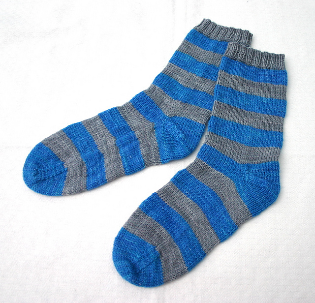 Blue & grey stripe socks
