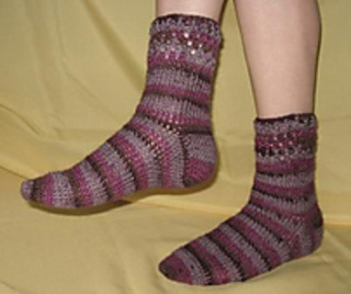 20110825_cozycrochetsocks2_modelled_-_web_small2