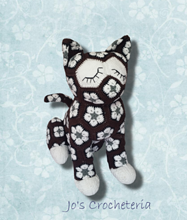 Luna the African Flower Cat pattern by JOs Crocheteria