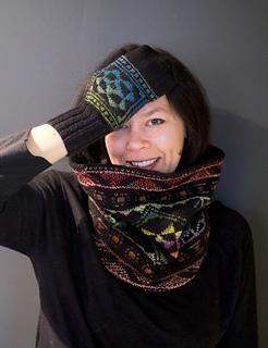 Pysanky_cowl_5_sm_small2